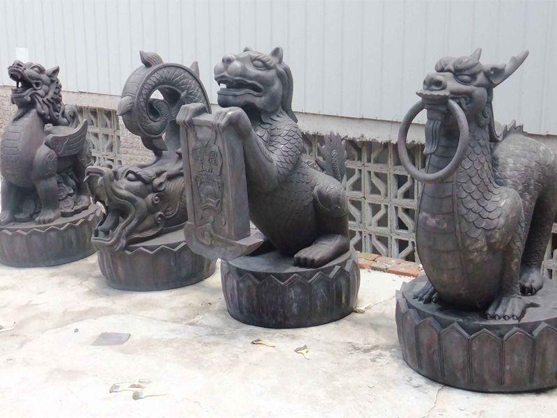 奥体广场雕塑小品