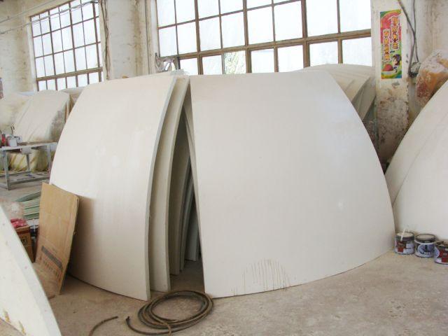 用氟硅涂料涂覆的雷达罩