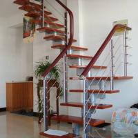 南京红灯木楼梯-钢木结构楼梯-装修实景图8