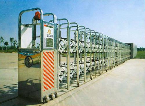 南京联润铁艺装饰工程公司-大门系列-伸缩门-JZC-06A