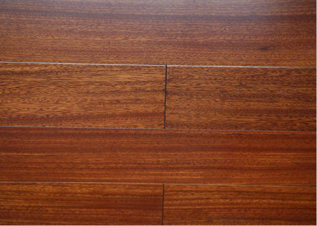 圆盘豆 柚木色 实木复合地板图片欣赏下载