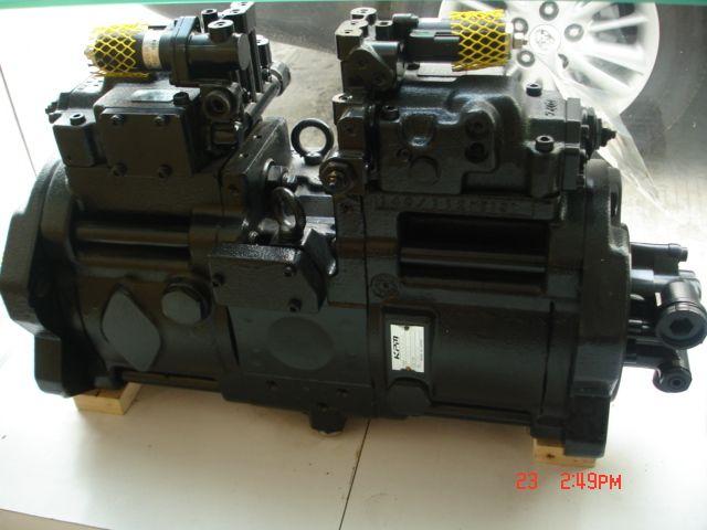 出售小松挖掘机液压泵总成图片